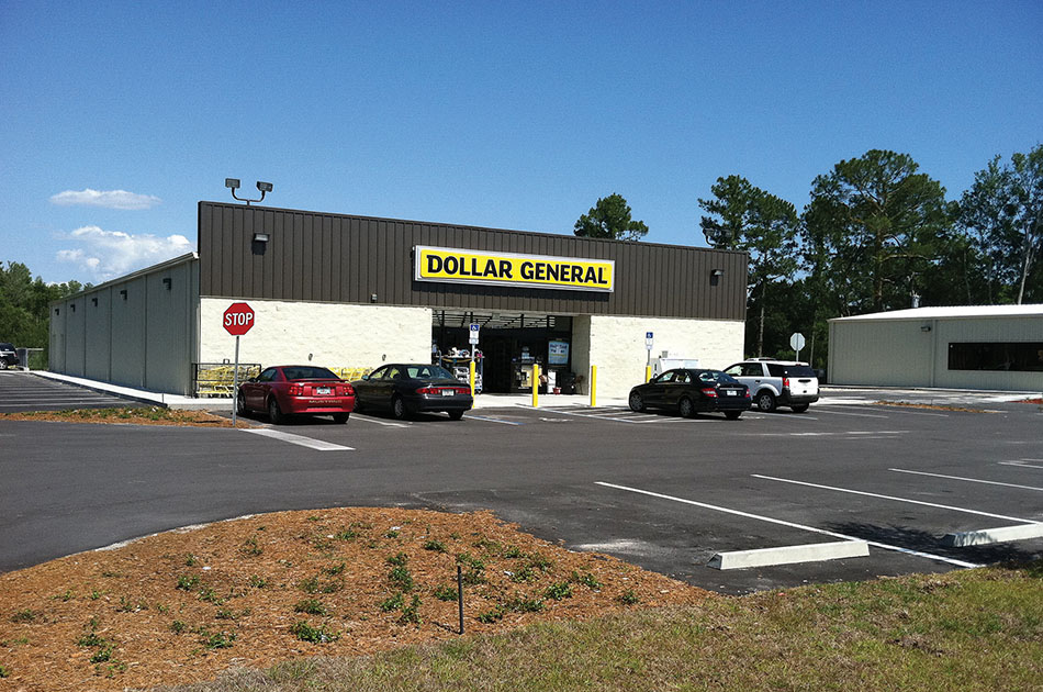 Dollar General in Waldo, Florida. CHW provided civil engineering services for this building